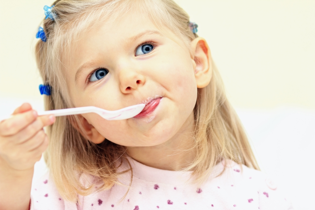 foods that should not be fed to small children